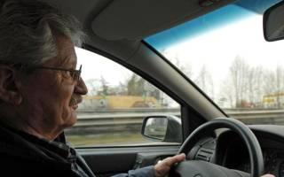 Надо ли платить транспортный налог пенсионерам?