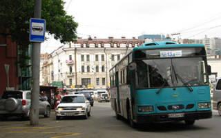 Разрешена ли остановка на автобусной остановке?